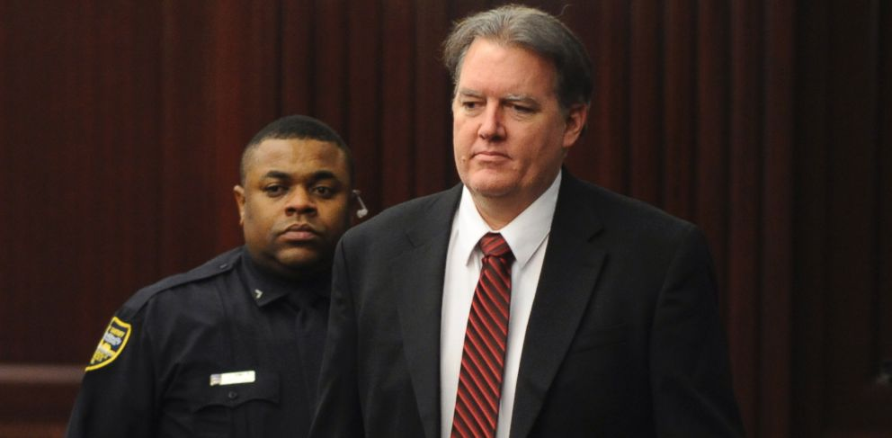 PHOTO: Defendant Michael Dunn is brought into the courtroom just before 5 p.m. Saturday Feb. 15, 2014.