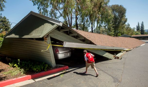 http://a.abcnews.com/images/US/AP_napa_earthquake_carport_jt_140824_17x10_608.jpg
