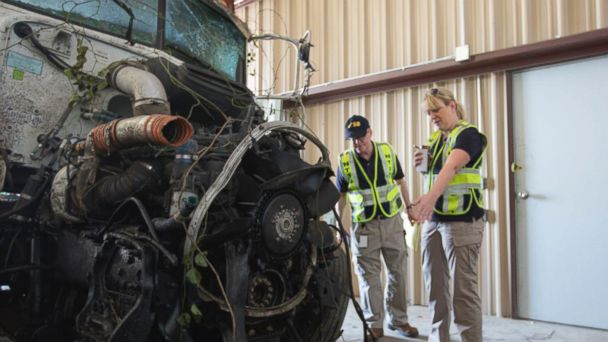 http://a.abcnews.com/images/US/AP_oklahoma_bus_crash_wreckage_jt_140928_16x9_608.jpg