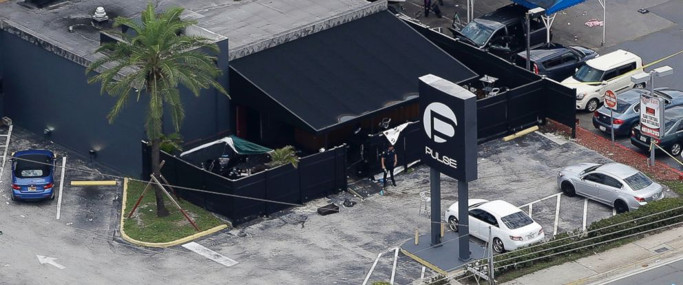 PHOTO: Law enforcement officials work at the Pulse Orlando nightclub following a fatal shooting in Orlando, Fla., June 12, 2016.