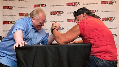 PHOTO: Rob Ford in an arm-wrestling match with Hulk Hogan