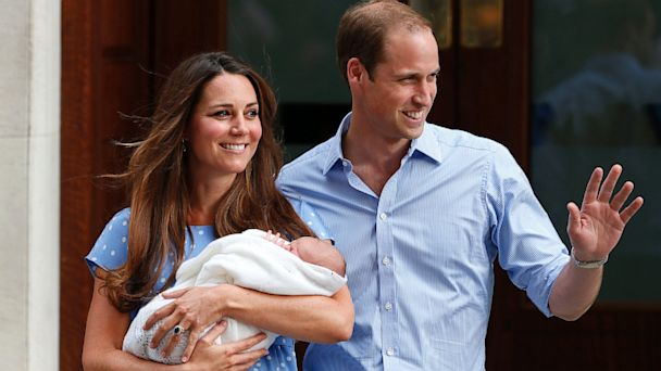 AP royal baby dm 130723 16x9 608 Prince William, Kate Register Prince Georges Birth