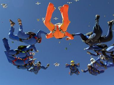 Skydiver Dies While Trying to Set World Record