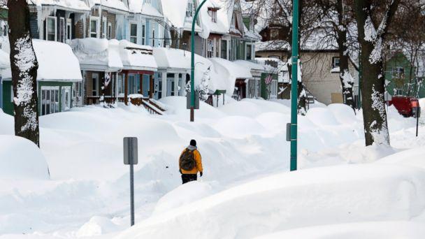 http://a.abcnews.com/images/US/AP_snow_storm_1_sk_141120_16x9_608.jpg
