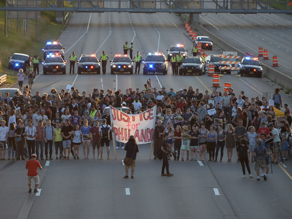 PHOTO: Marchers block part of Interstate 94 in St. Paul, Minnesota, July 9, 2016, during a protest sparked by the recent police killings of black men in Minnesota and Louisiana.