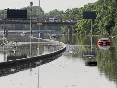 At Least 5 Dead, More Rain Feared in Houston-Area Flood
