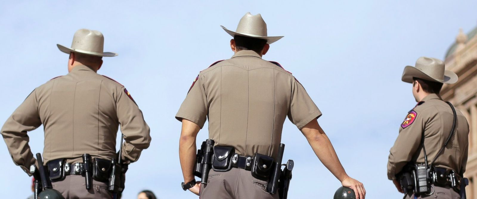 Citizen Photographer Pulls Over Texas State Trooper for Allegedly ...
