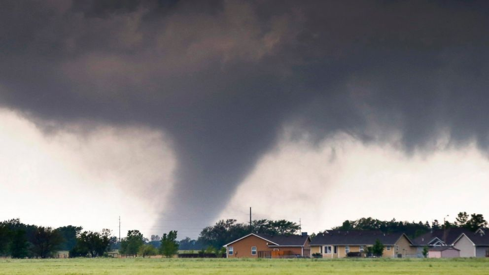 Tornadoes Destroy Homes, Flip Cars in Southern Plains