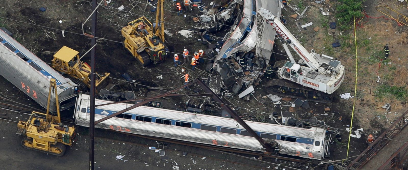 Amtrak 188 Engineer Distracted Before Deadly Derailment