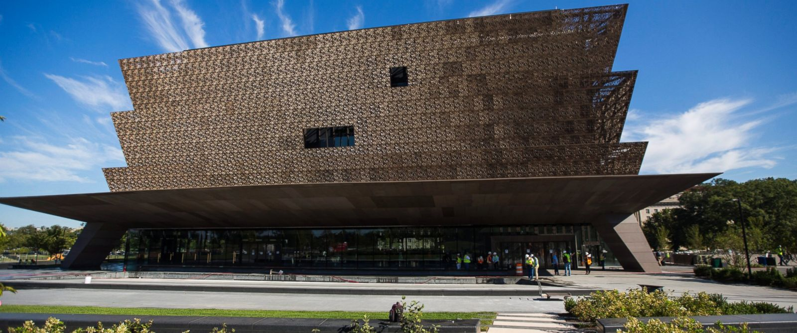 photo a view of the national museum of african american history and culture in washington