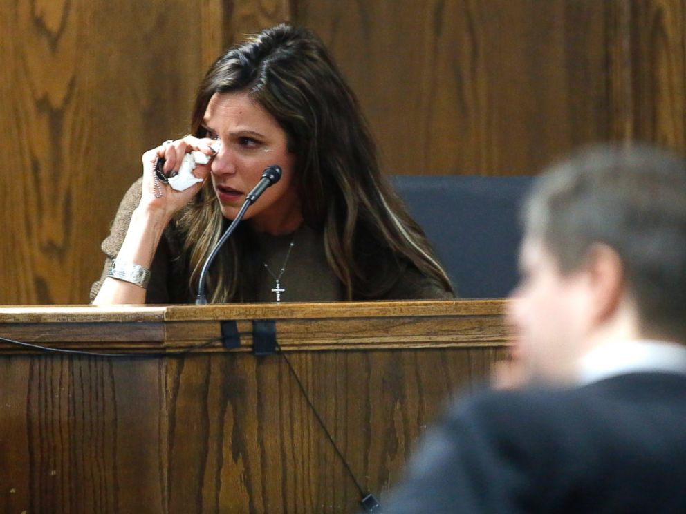 PHOTO: Tara Kyle cries on the stand during court inside the Erath County Donald R. Jones Justice Center during the murder trial for Eddie Ray Routh in Stephenville, Texas, Feb. 11, 2015.