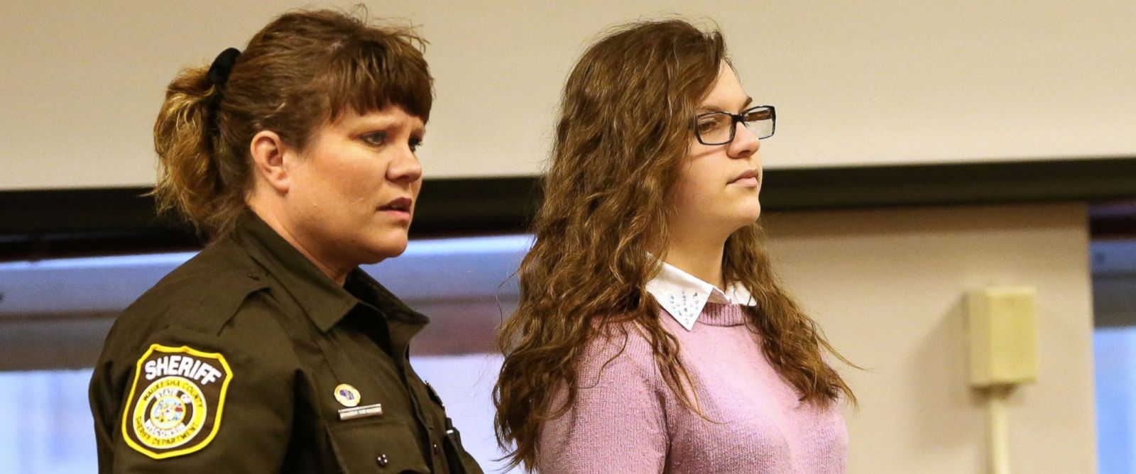 """PHOTO: Anissa Weier, accused of being involved in the stabbing of another girl related to the """"Slenderman"""" online story, is led into the courtroom on Dec. 22, 2016, in Waukesha, Wisconsin."""