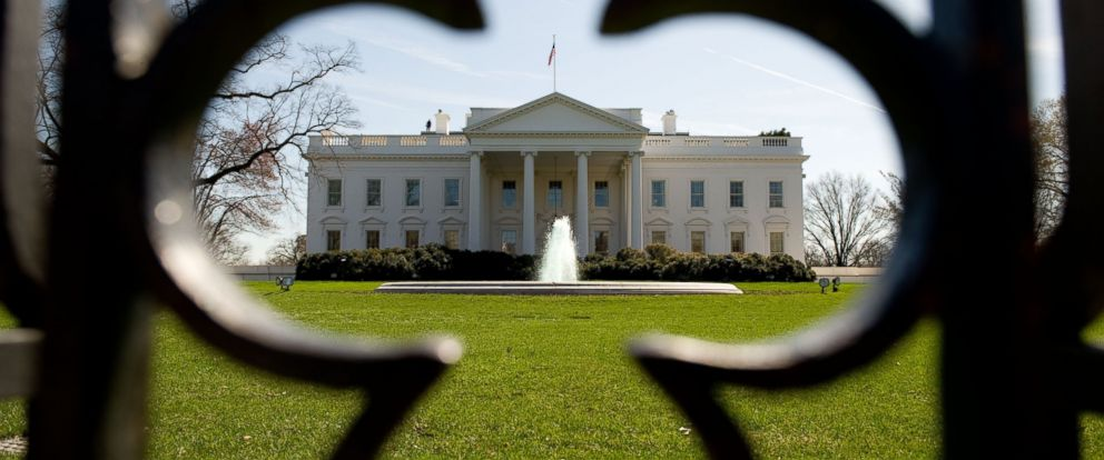 PHOTO: The North Lawn of the White House is seen in Washington, March 17, 2010.