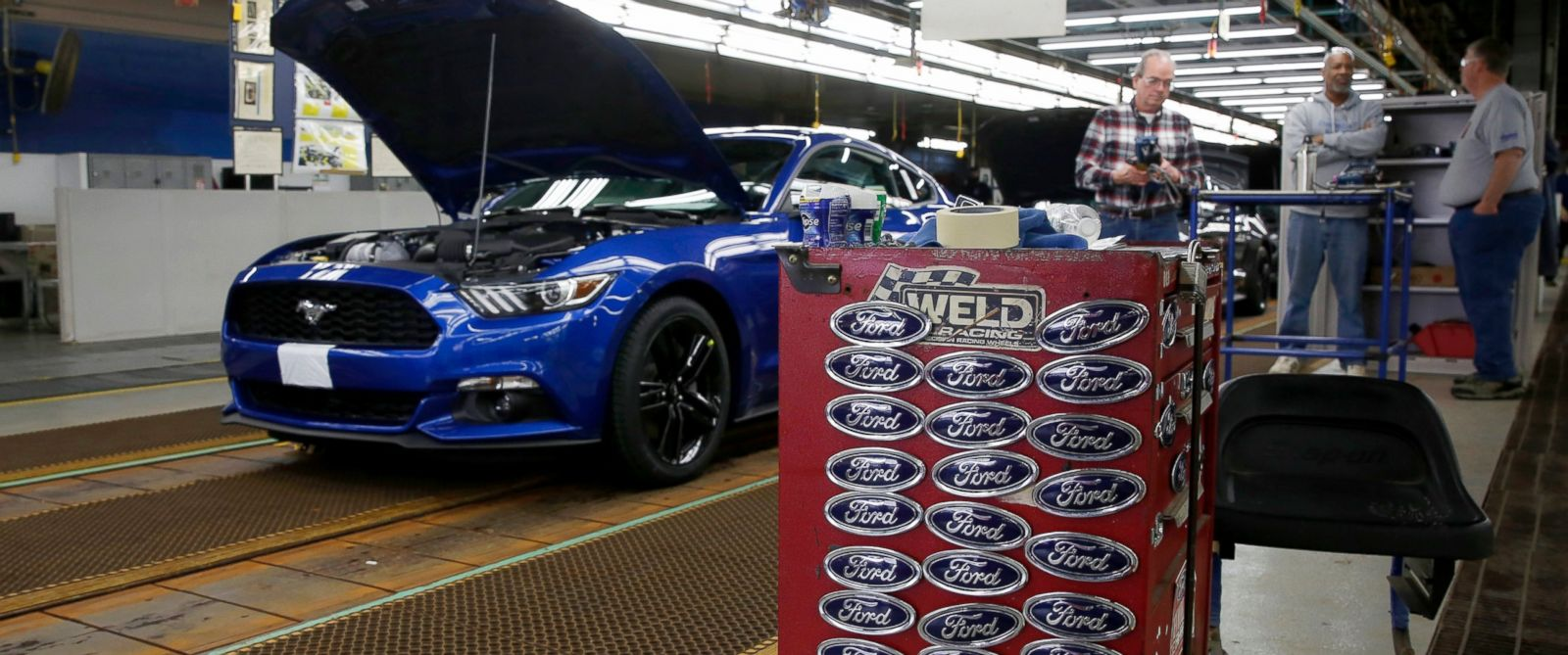 photo a ford motor co mustang vehicle stands on the production line. Cars Review. Best American Auto & Cars Review