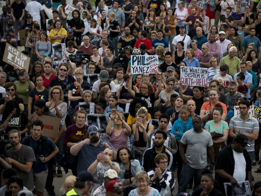Protest News: 18 Protesters Arrested For Blocking Minnesota Freeway