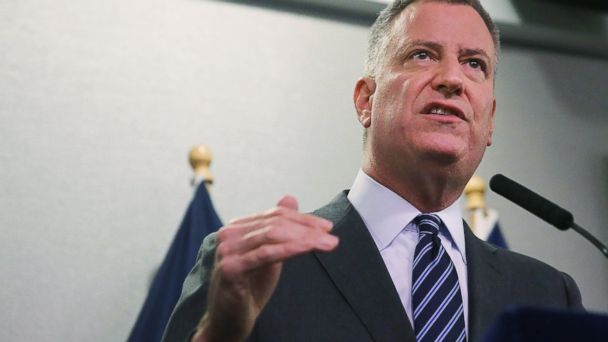http://a.abcnews.com/images/US/GTY_Bill_de_Blasio_ml_150127_16x9_608.jpg