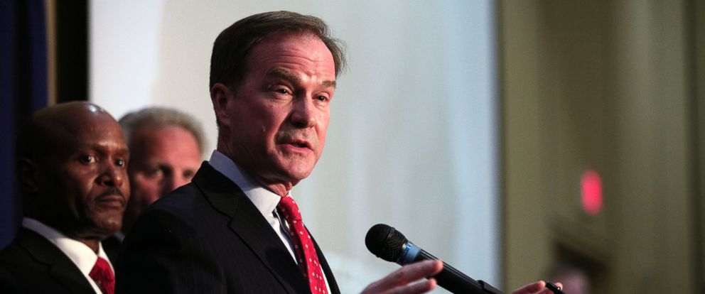 PHOTO: Mich. Attny Gen. Bill Schuette announces April 20, 2016 that he filed 13 felony charges and 5 misdemeanor charges against two state officials and one city official as a result of their actions in the City of Flints lead water contamination crises.