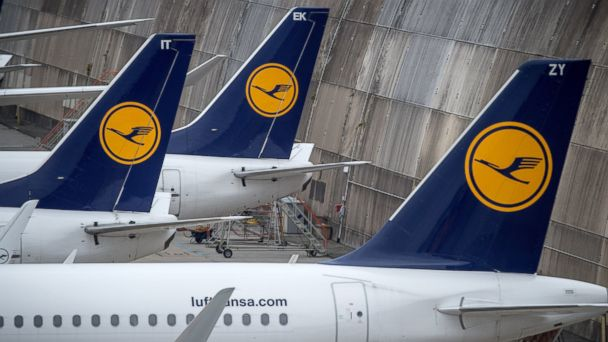 PHOTO: Planes of German airline Lufthansa are being parked on Nov. 11, 2015, at the airport in Frankfurt am Main.