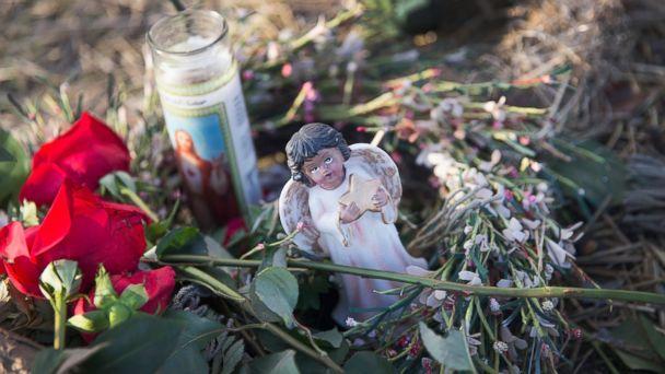http://a.abcnews.com/images/US/GTY_Memorial_Chicago_MEM_1760829_16x9_608.jpg
