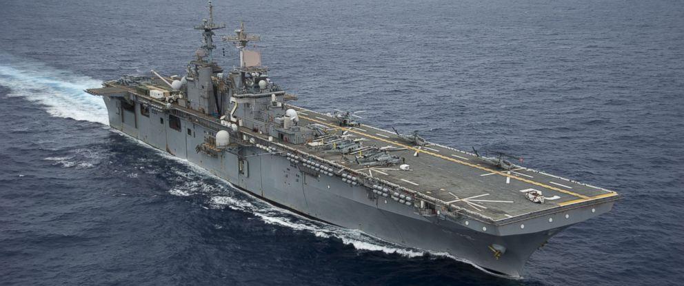 PHOTO: The amphibious assault ship USS Essex LHD 2 transits through the Pacific Ocean, 2012.