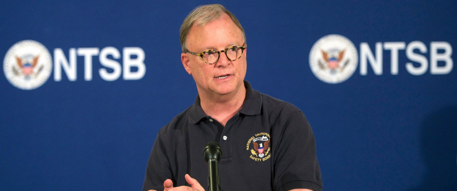PHOTO: National Transportation Safety Board (NTSB) spokesperson Robert Sumwalt holds the final media briefing about this weeks Amtrak passenger train derailment at the Sheraton Philadelphia Society Hill Hotel, May 15, 2015, in Philadelphia.
