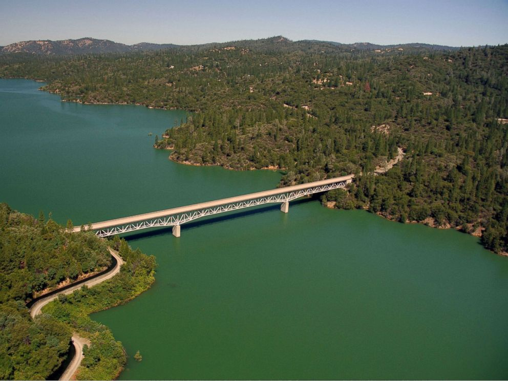PHOTO: The Green Bridge passes over full water levels at a section of Lake Oroville