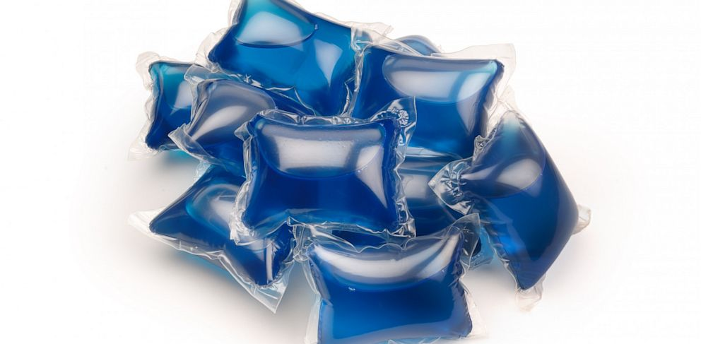 PHOTO: Laundry detergent pods