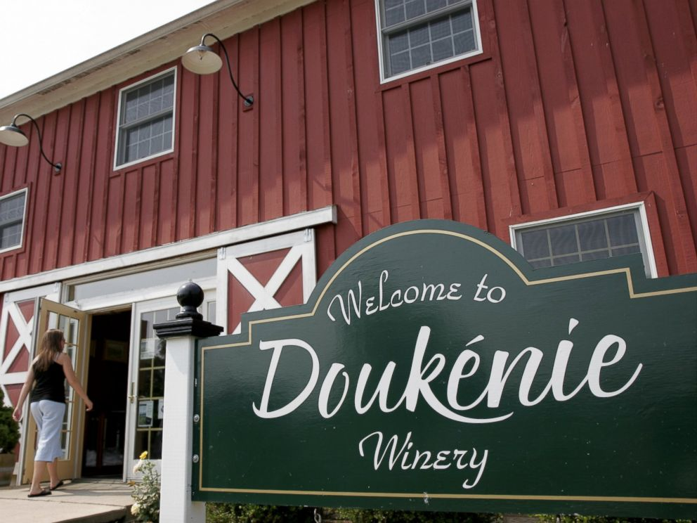 PHOTO: Virginia, Purcellville, Doukenie Winery.