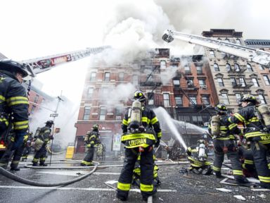 New Yorker Feels 'Lucky' After Apartment Destroyed in Fire