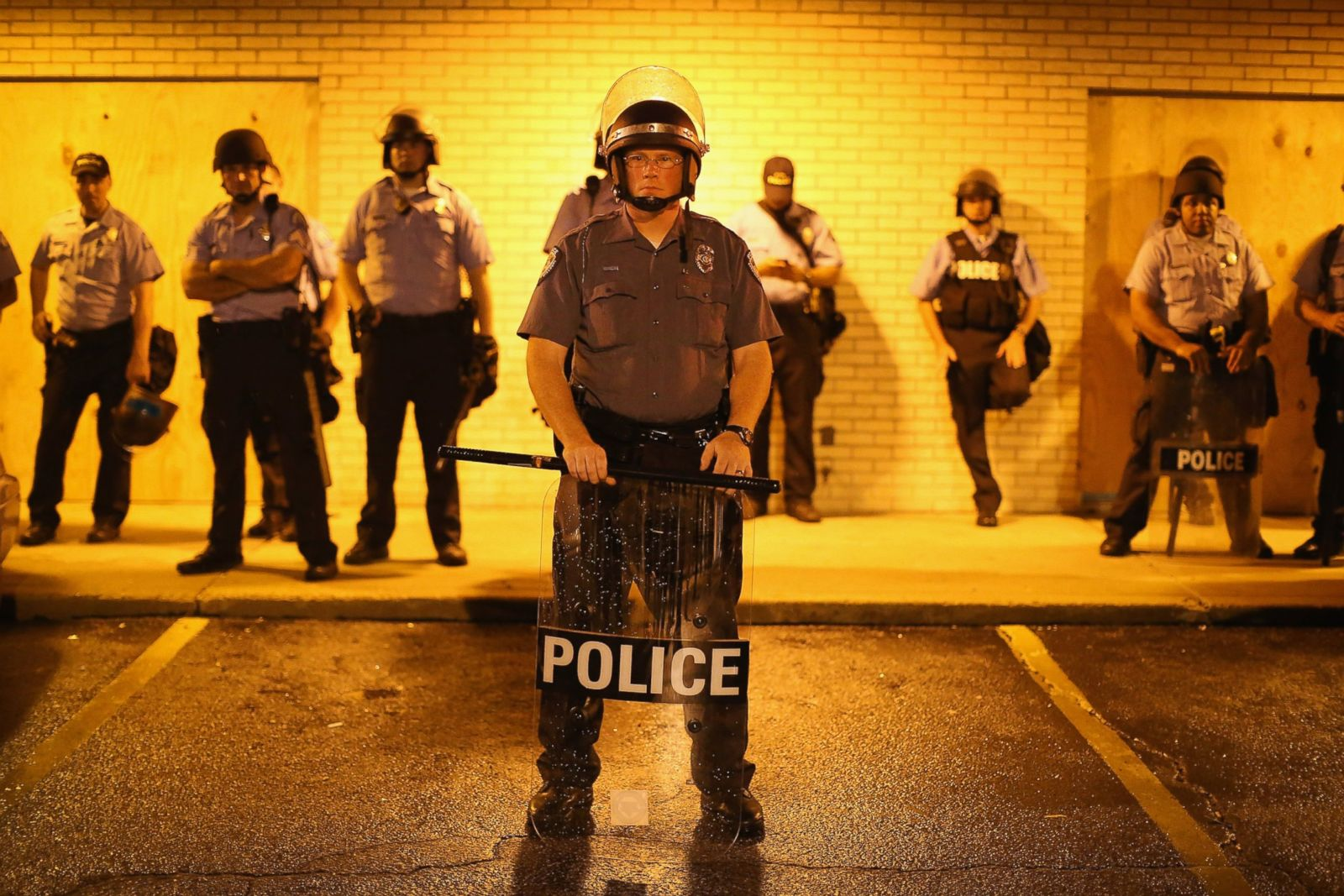 Powerful Scenes From Ferguson, Missouri Photos - ABC News