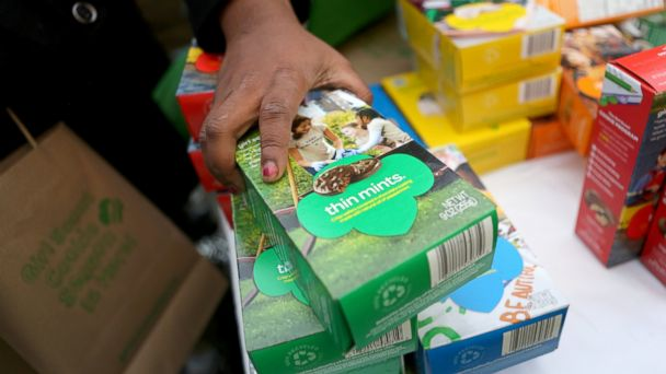 GTY girl scout cookies jef 140324 16x9 608 Record Crumbles! Girl Scout Breaks Cookie Selling Record