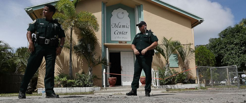PHOTO: Law enforcement officials investigate a fire at the Islamic Center of Fort Pierce, which was the mosque attended by the Pulse nightclub gunman, who killed 49 people in Orlando, Sept. 12, 2016, in Fort Pierce, Florida.