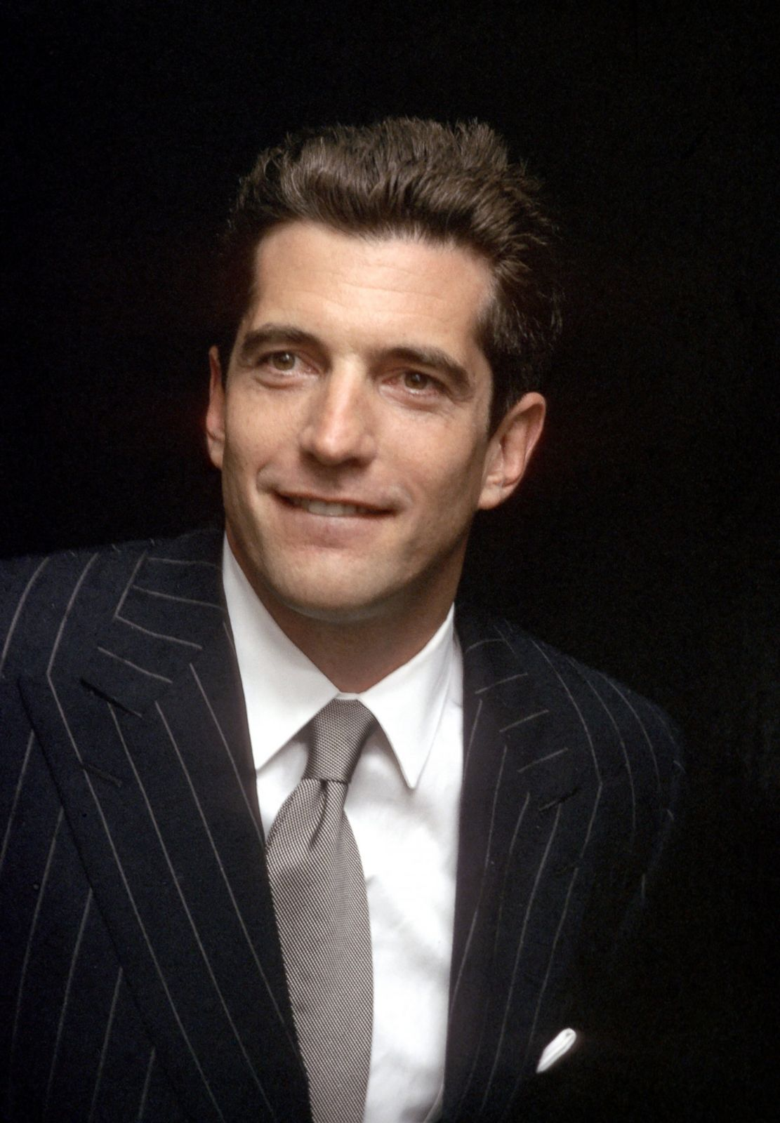 a biography of john f kennedy jr Gr 5 up-the opening chapter of this poignant tribute to america's prince  recounts his last day of life and his tragic death in a plane crash at sea the  ensuing.