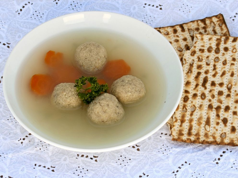 PHOTO: Matzo-Balls soup