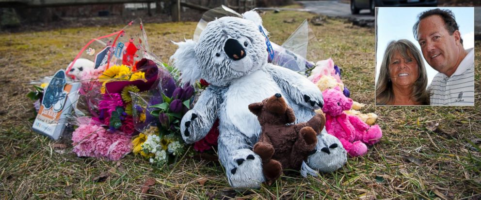 PHOTO: A makeshift memorial for Don and Sandy Pyle and their four grandchildren, who are believed to have died in their mansion fire a week ago, Jan. 25, 2015, in Annapolis, Md. | Inset: Don and Sandy Pyle are seen in this undated family handout photo.