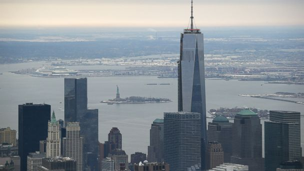 GTY one world trade tk 140210 16x9 608 Ice Chunks Fall From Unfinished 1 World Trade Center