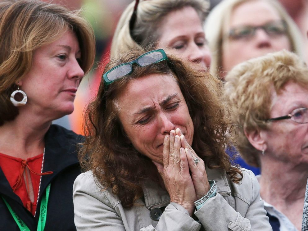 PHOTO: A woman cries as she listens to the papal Mass during the World Meeting of Families on Sept. 27, 2015 in Philadelphia.