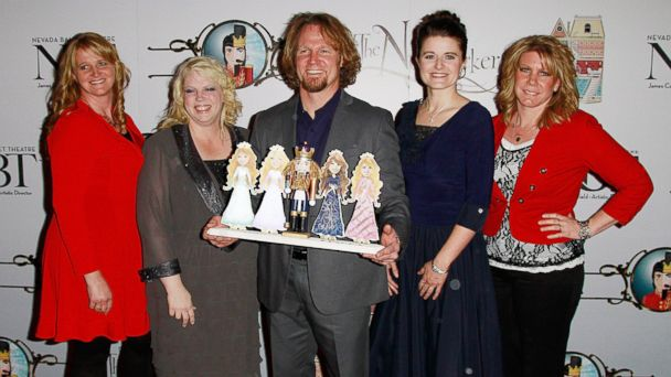 GTY sister wives kab 140214 16x9 608 Sister Wives Prompts Pro Polygamy Ruling and Debate in Utah