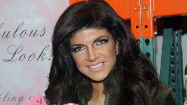PHOTO: Teresa Giudice attends the Fabellini Bottle Signing and Tasting at Costco, March 1, 2014 in Plainfield, N.J.