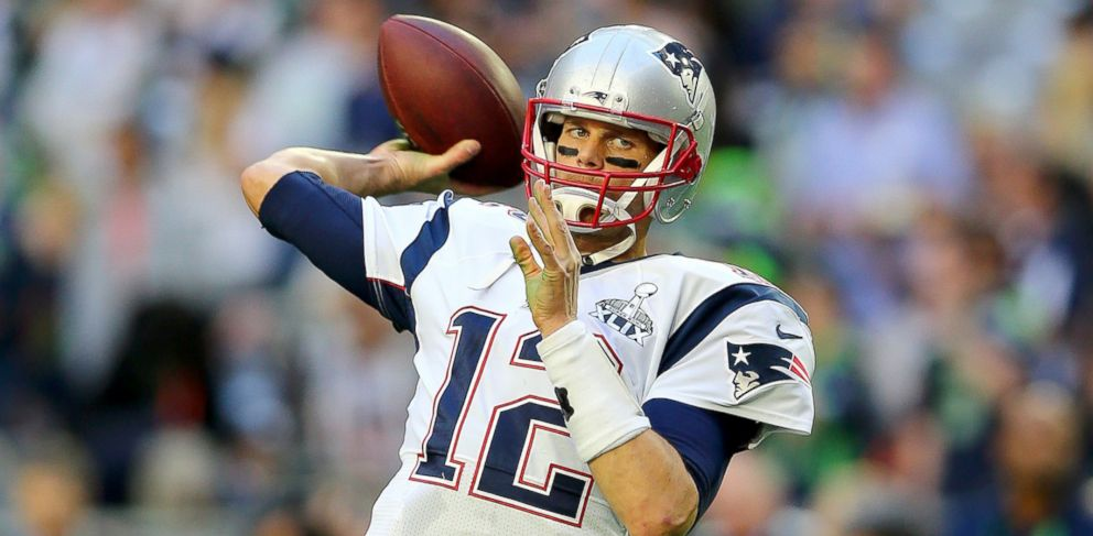 PHOTO: Tom Brady of the New England Patriots warms up for Super Bowl XLIX against the Seattle Seahawks at University of Phoenix Stadium, Feb. 1, 2015, in Glendale, Arizona.