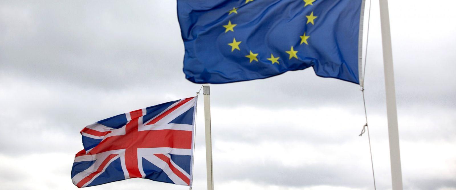 PHOTO: A British Union flag, commonly known as a Union Jack, left, flies next to the European Union (EU) flag, Feb. 23, 2016.
