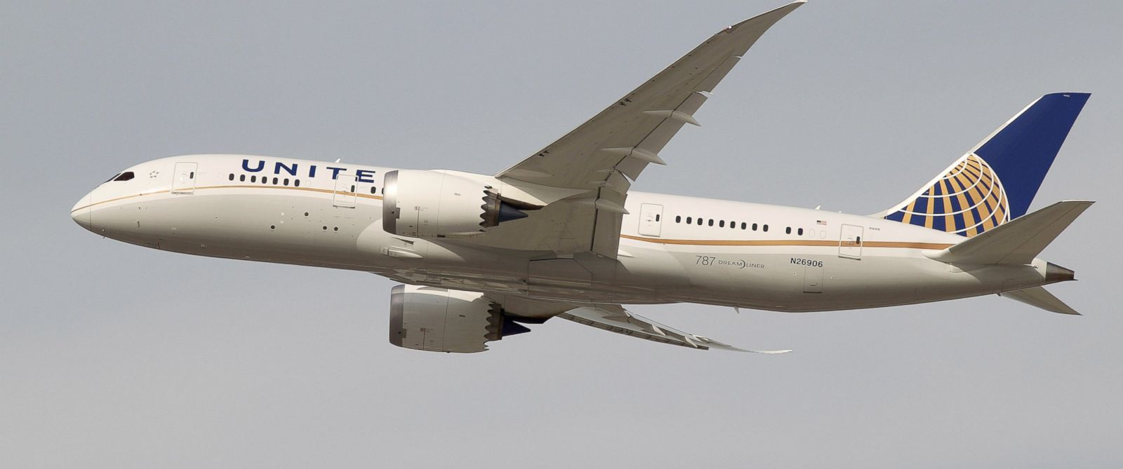 PHOTO: In this file photo, a United Airlines Boeing 787 Dreamliner takes off at Los Angeles International Airport, January 9, 2013 in Los Angeles, Calif.