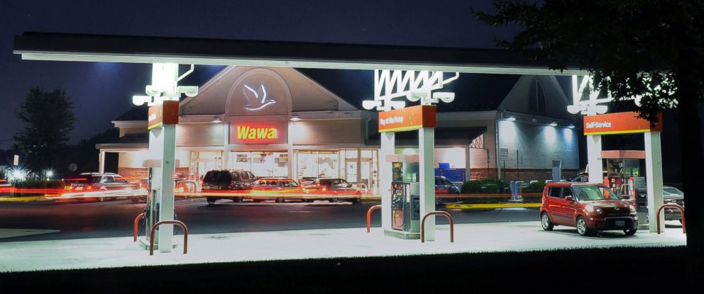 PHOTO: People get gas and other goods at a Wawa gas station and store, June 21, 2012, in Stafford, Va.