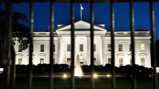http://a.abcnews.com/images/US/GTY_white_house_182560403_jt_131023_16x9_608.jpg