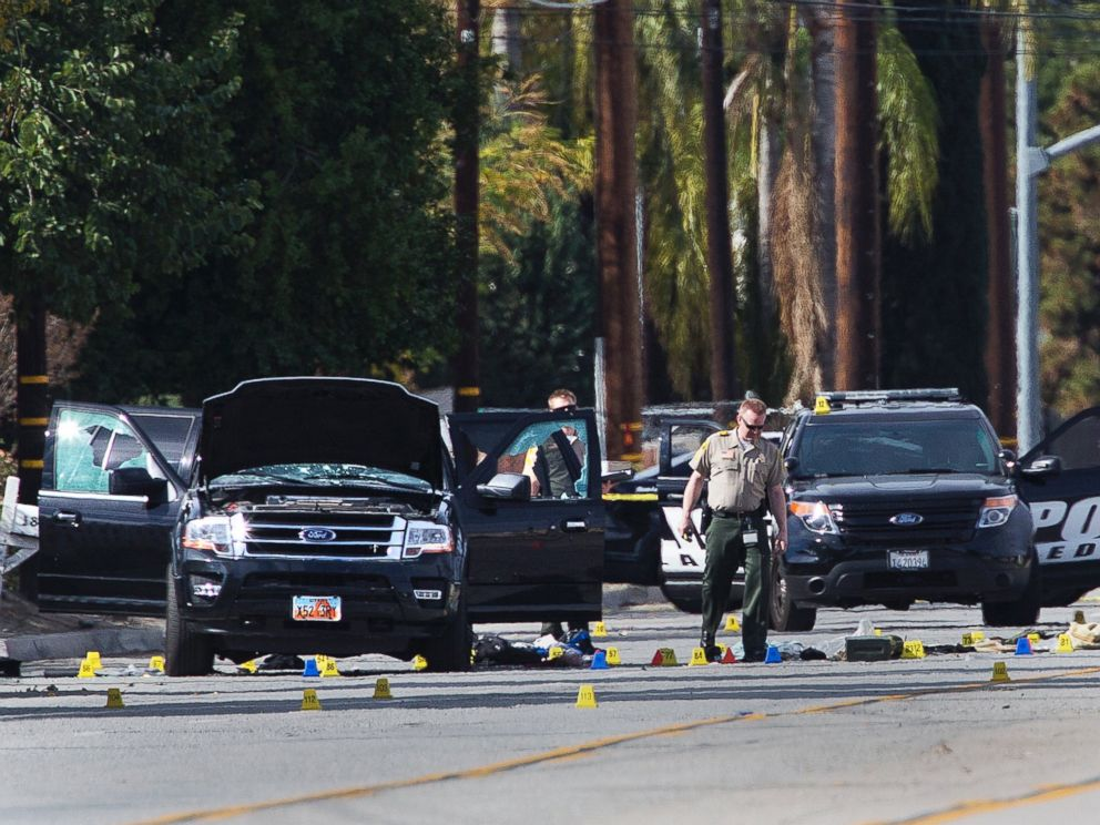 PHOTO:San Bernardino Sheriff Deputies investigate the scene where two suspects were gunned down during a shootout with police, Dec. 3, 2015 in San Bernardino, Calif.