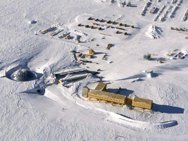 PHOTO: The US Amundsen-Scott South Pole Station in Antarctica, Oct. 31, 2002.