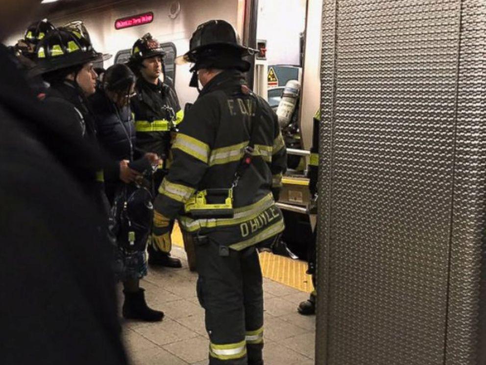PHOTO: A Long Island Rail Road train derailed in Brooklyn, New York, Jan. 4, 2017..