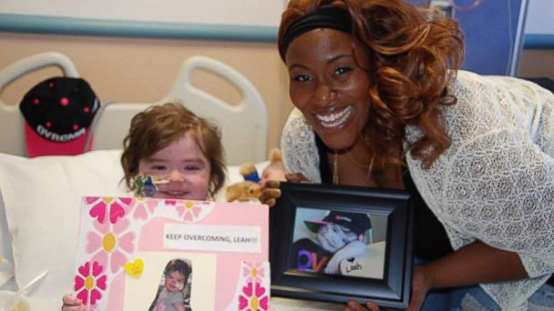 PHOTO: Leah Carroll, 4, was visited at UCSF Benioff Children's Hospital Oakland in California by Grammy singer Mandisa.