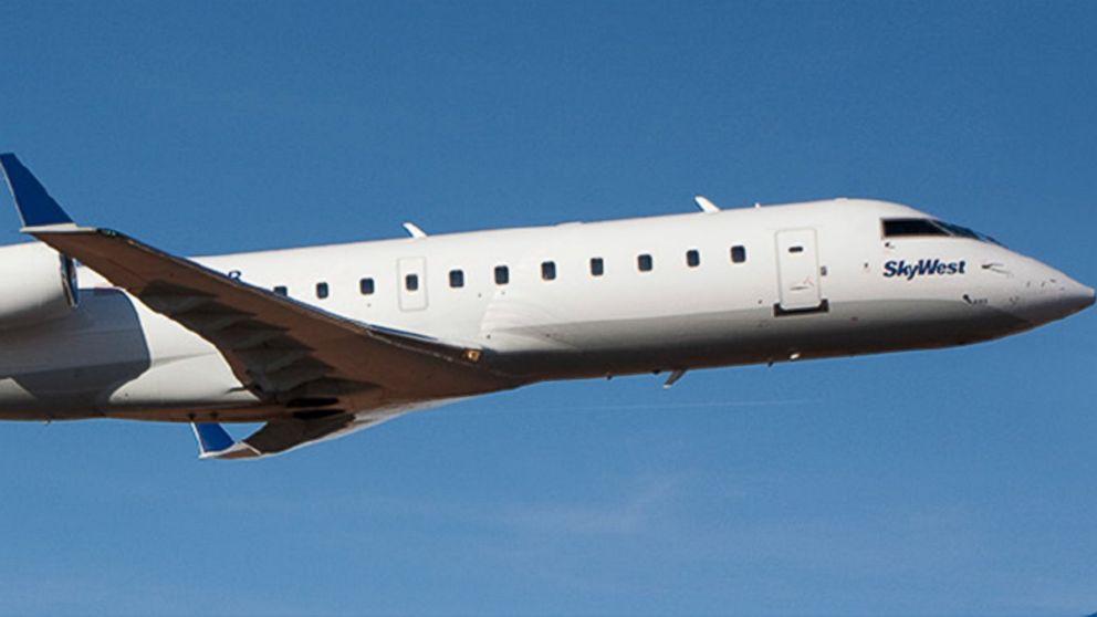 http://a.abcnews.com/images/US/HT-Skywest-pilot-jrl-161026_16x9_992.jpg