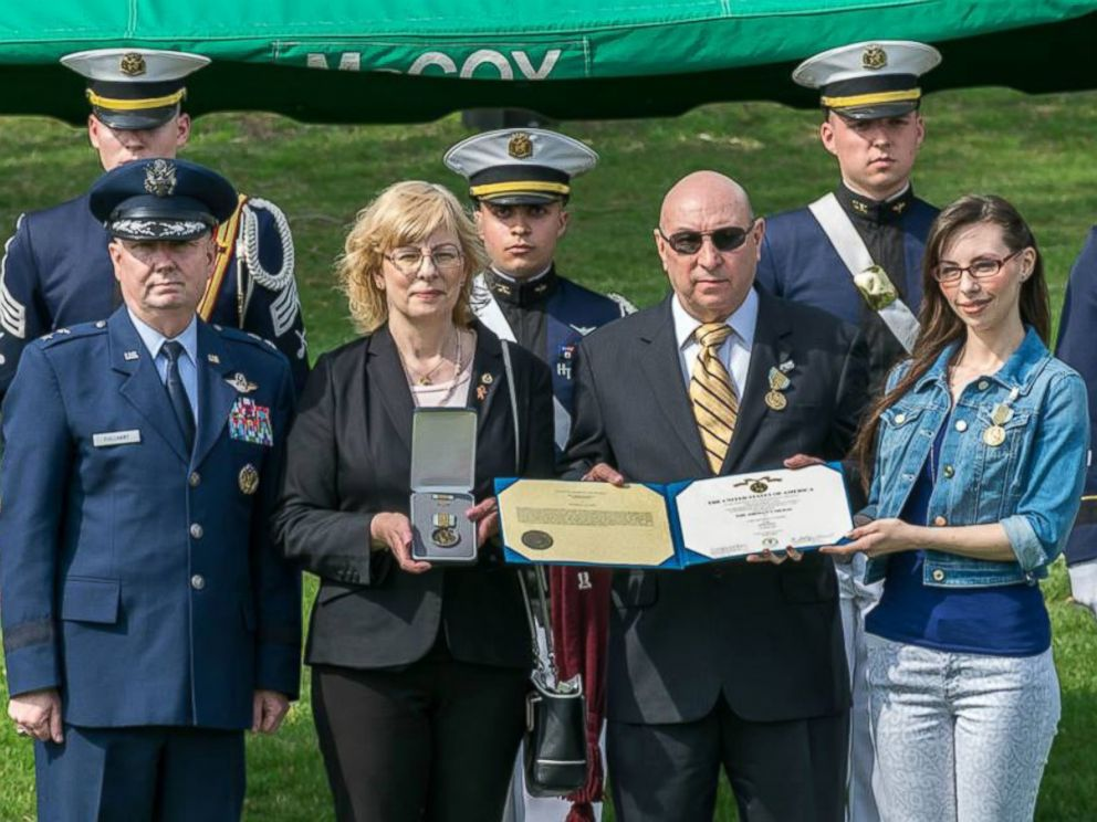 PHOTO:On April 9, 2015, Matthew La Porte was posthumously honored with the Airmans Medal for his heroism. The award was accepted by his family.
